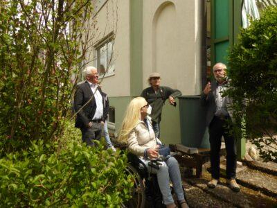 Bei der Besichtigung des Hauses für die geplanten Wohngemeinschaften